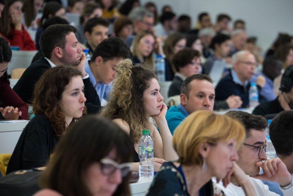 Conférence auditorium Grenoble école de management_Festival de géopolitique grenoble 2019